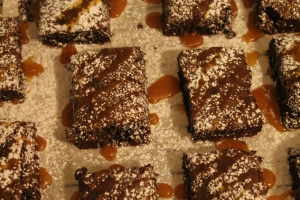 Caramel Gluten-Free Brownies - Candy Coated Culinista