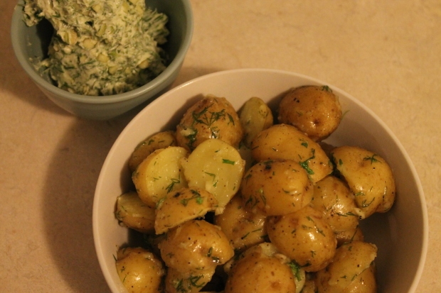 Garlic Dill Butter - Candy Coated Culinista
