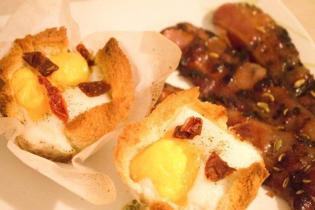 Egg & Toasts Brunch Tartlets with Maple Fennel Bacon - Candy Coated Culinista