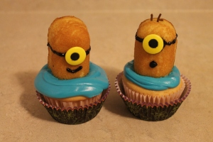 Zombie Infected Minion Cupcakes - Candy Coated Culinista