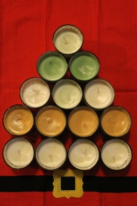 DIY Stocking Stuffers: Homemade Soy Candles - Candy Coated Culinista
