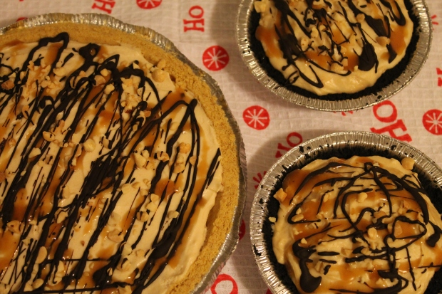 Peanut Butter Cream Pie - Candy Coated Culinista