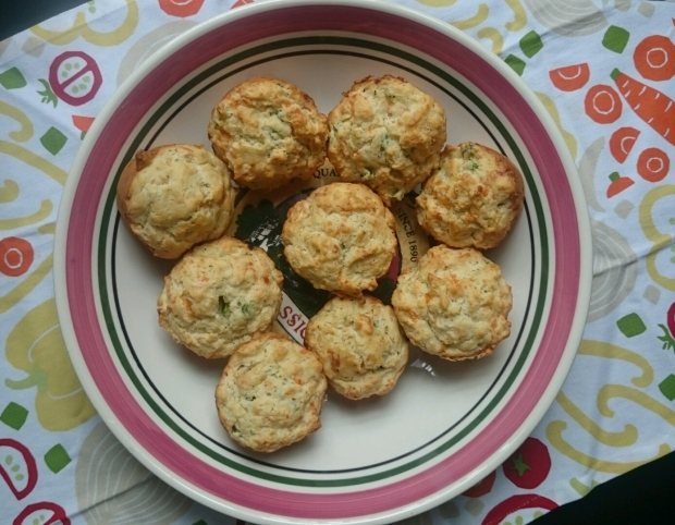 Jalapeno Cheddar Biscuits - Candy Coated Culinista
