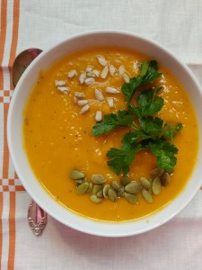 Acorn Butternut Squash Soup - Candy Coated Culinista